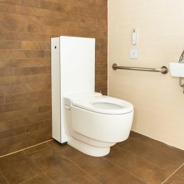 aquaclean shower toilet